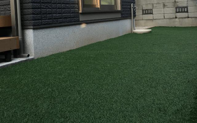 人工芝は防草シート付きがおすすめ